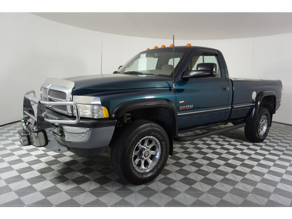Pre-Owned 1996 Dodge Ram Pickup 2500 Base 4WD